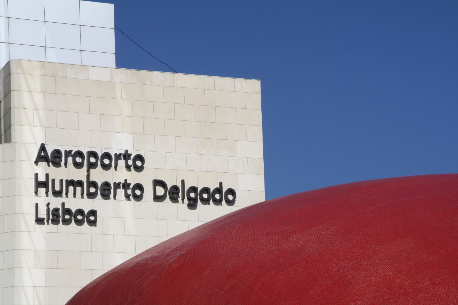 Luchthaven Lissabon, Lisboa Portela Airport