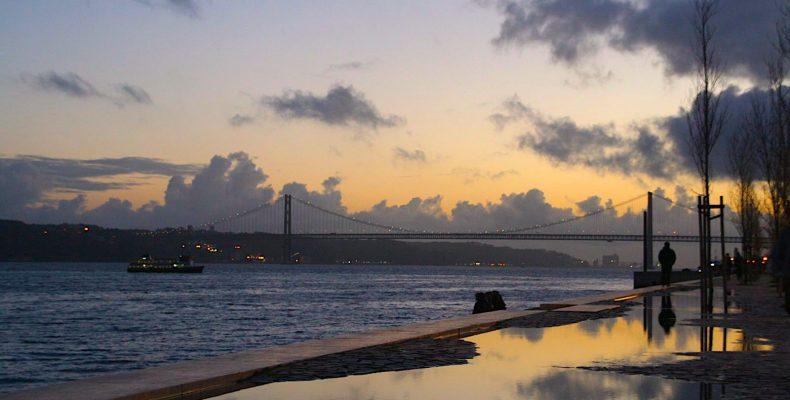 Brug Ponte 25 de Abril, Lissabon