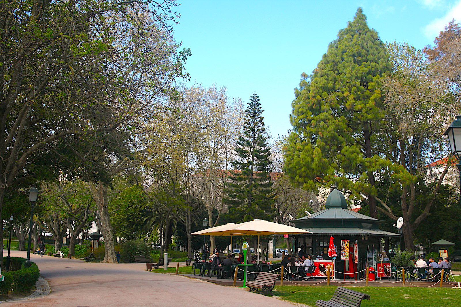 Kiosk in park Jardim da Estrela, Lissabon