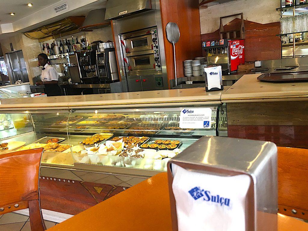 Pastelaria Suica toonbank