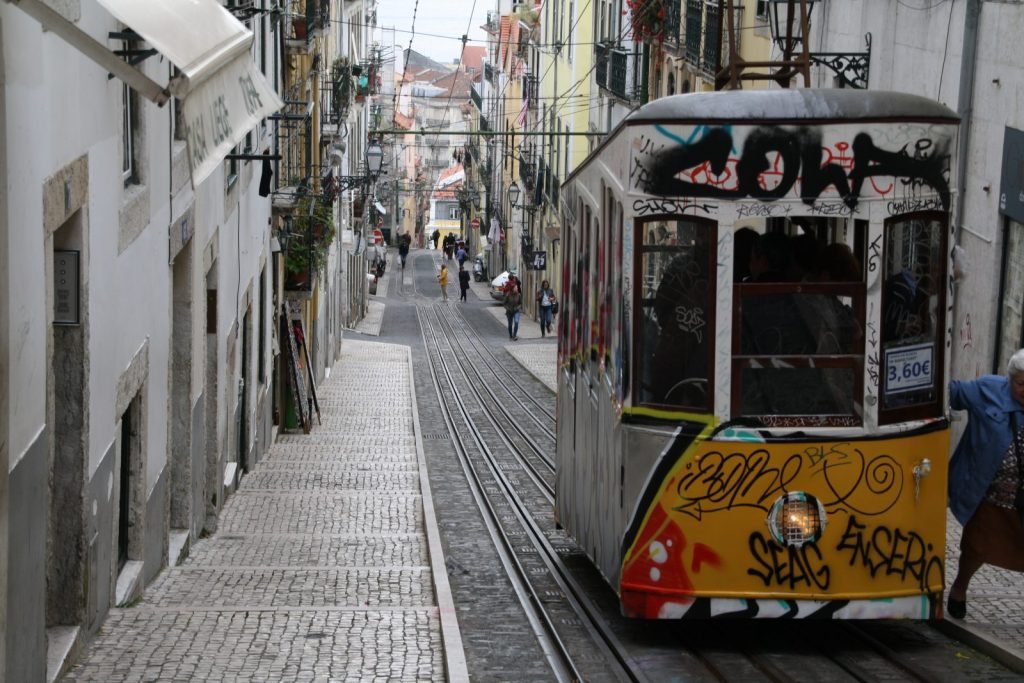 Ascensor da Bica, Lissabon
