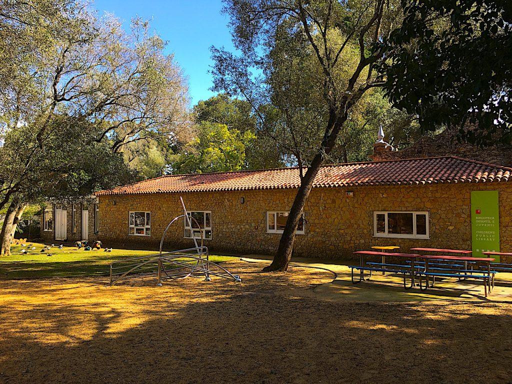 Parque Marechal Carmona - kinderbibliotheek