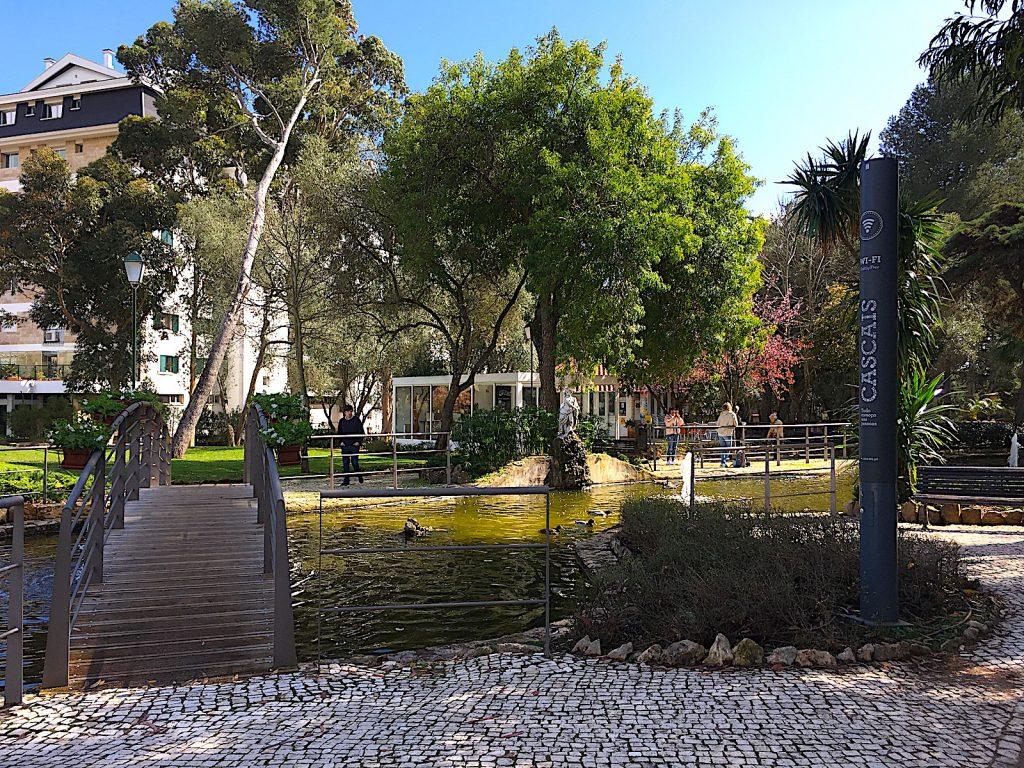 Parque Marechal Carmona - vijver en quiosk