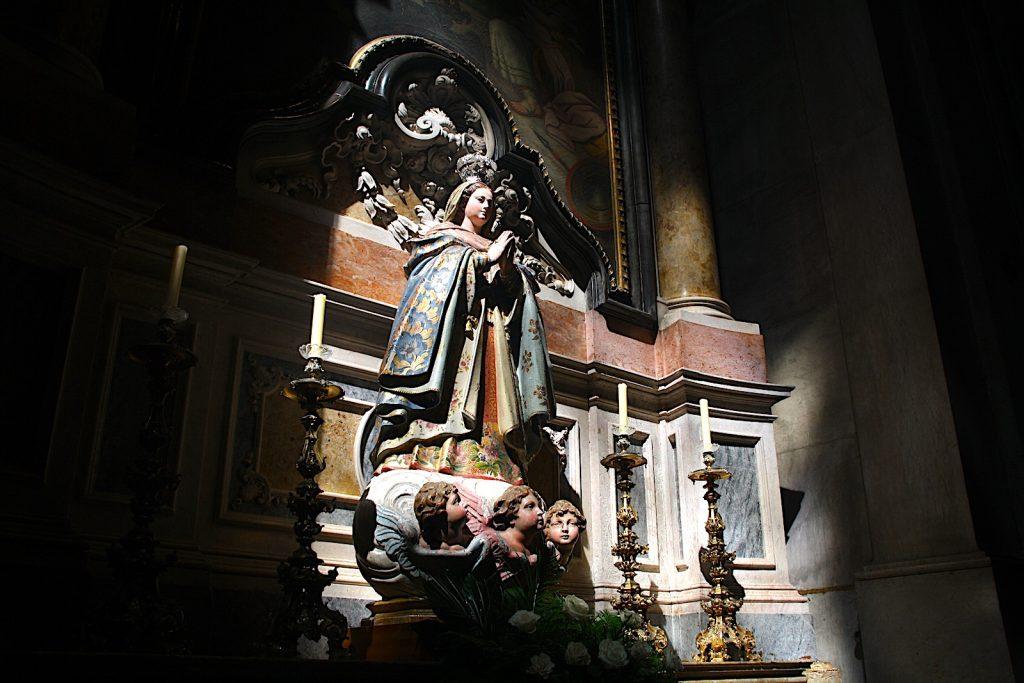Beeld in Basílica da Estrela