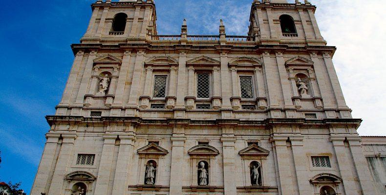 Front Igreja de São Vicente de Fora, Lisbon