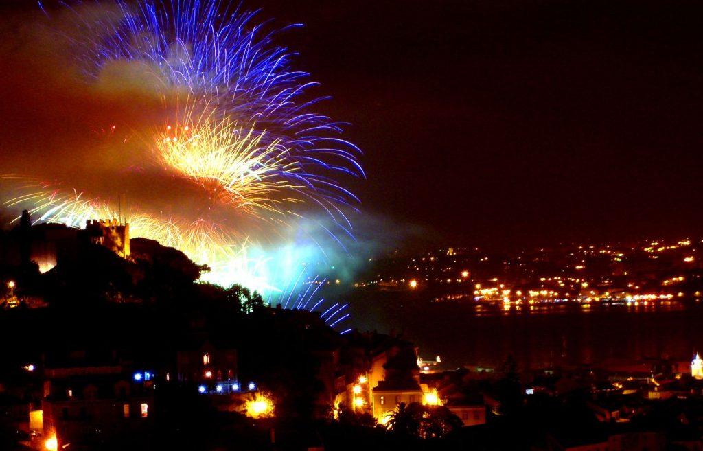 Vuurwerk in Lissabon