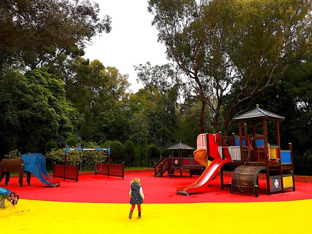 Parque Infantil do Alvito - kind op voorgrond