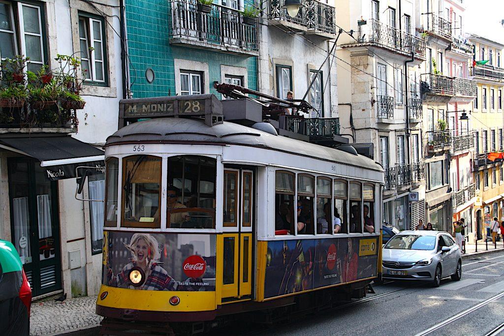 Tram 28 - Chiado