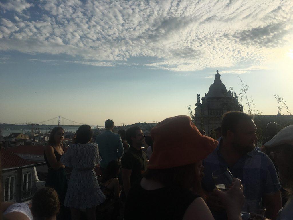 PARK rooftop uitzicht tejo en ponte