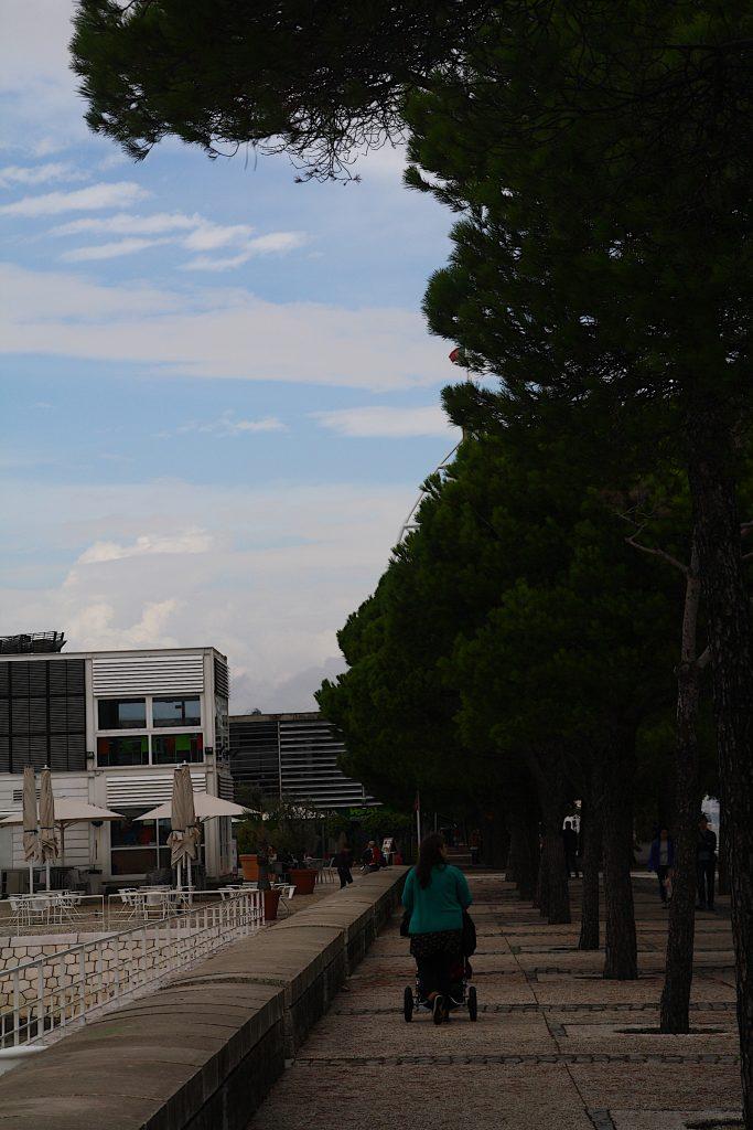 Parque de nacoes promonade