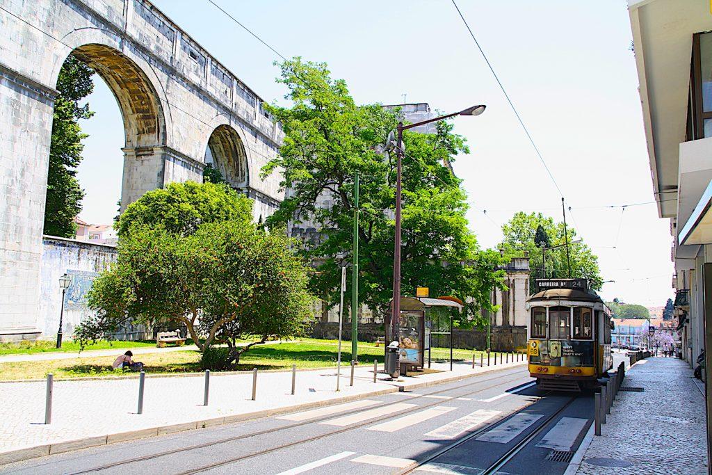 Tram24 bij jardim amoreiras
