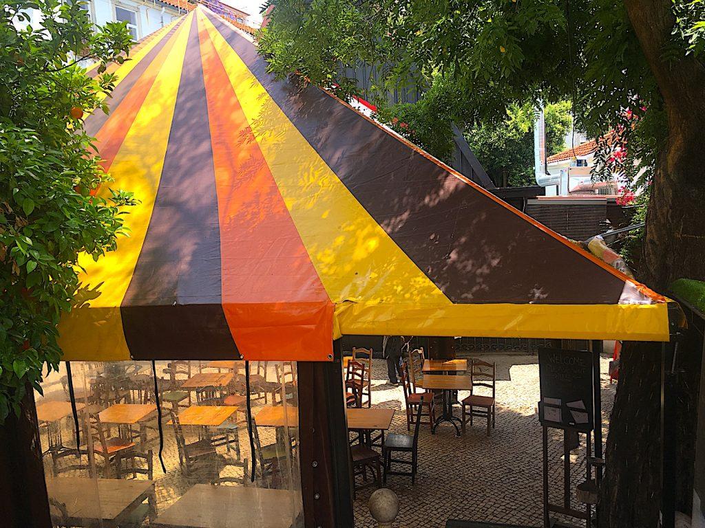 Chapito tent op terras