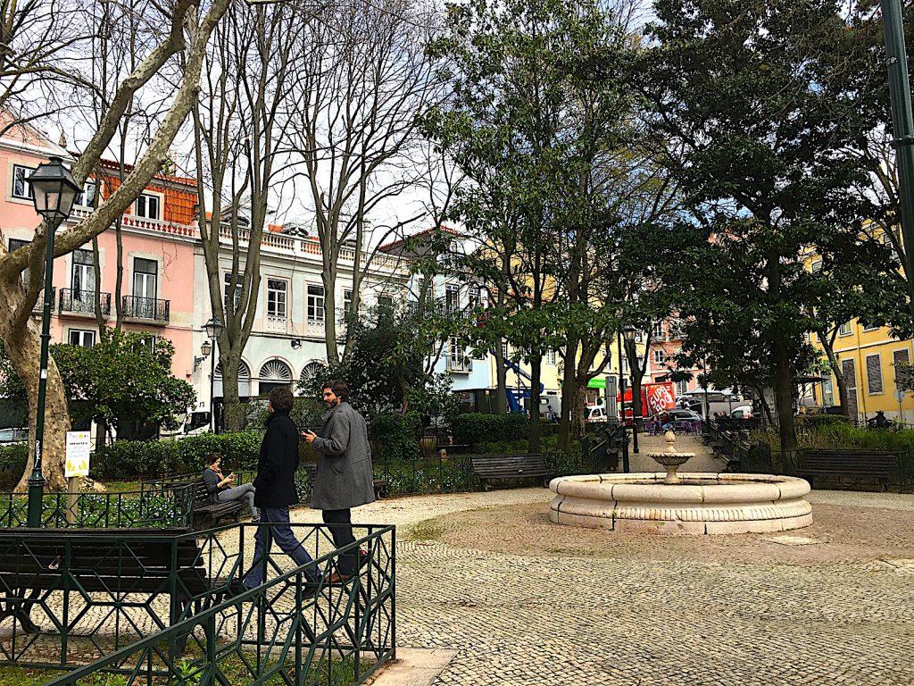 Praça das Flores fontein