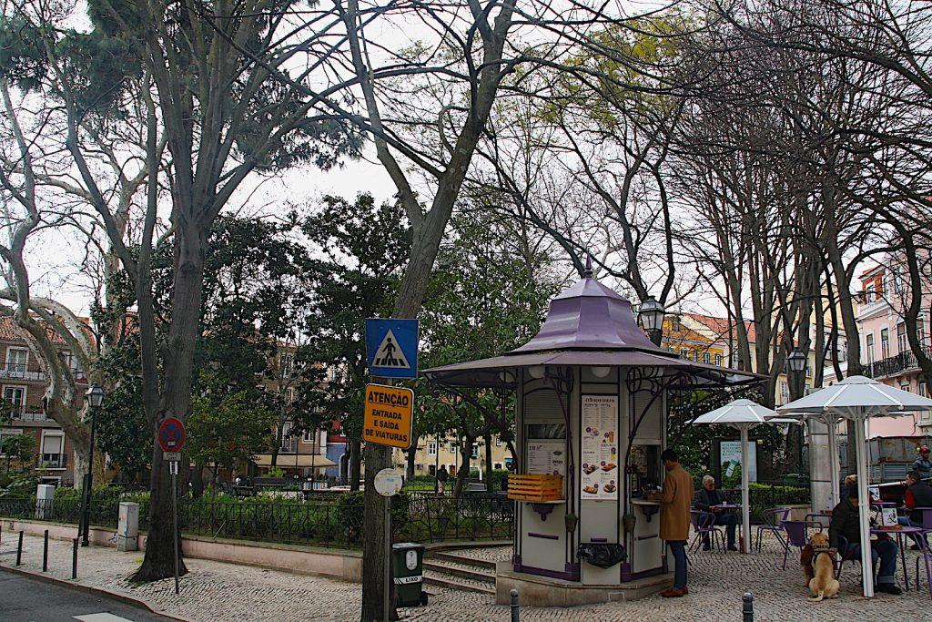 Praça das Flores quosque