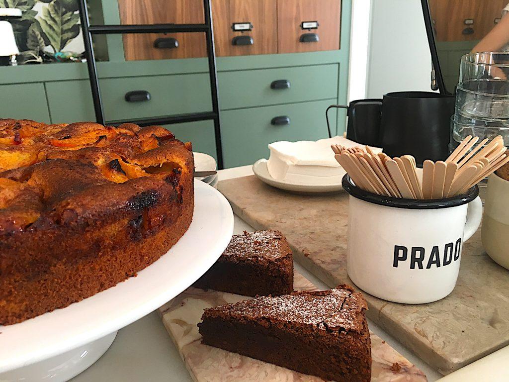 Prado Mercearia taart op toonbank