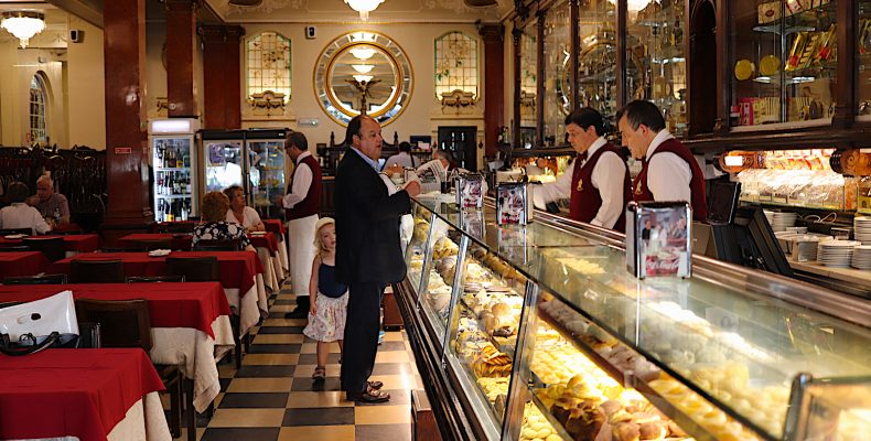 Versailles - bar naar achter