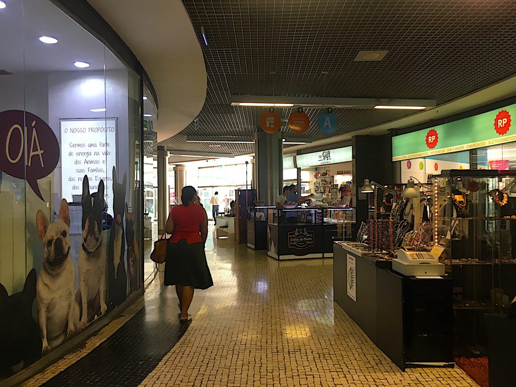 Campo pequeno - winkelcentrum