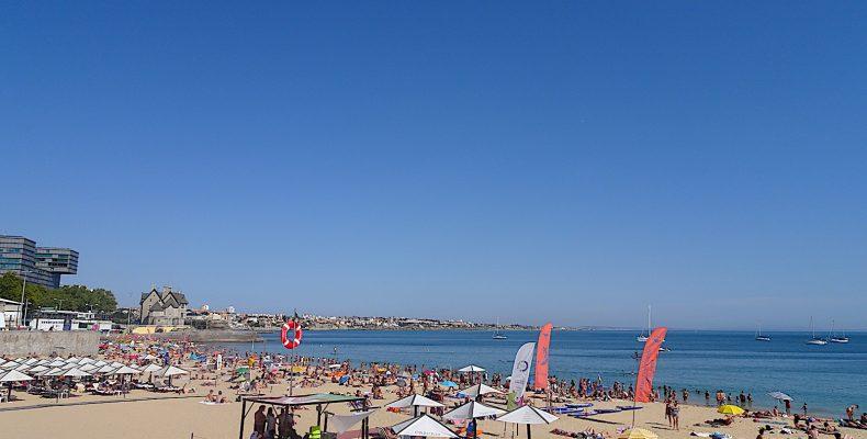 Praia da Conceição vanuit boulevard