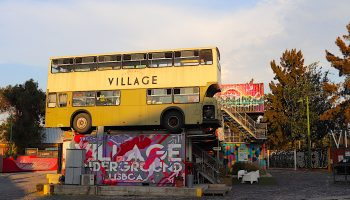 Village Underground Lisboa - bus
