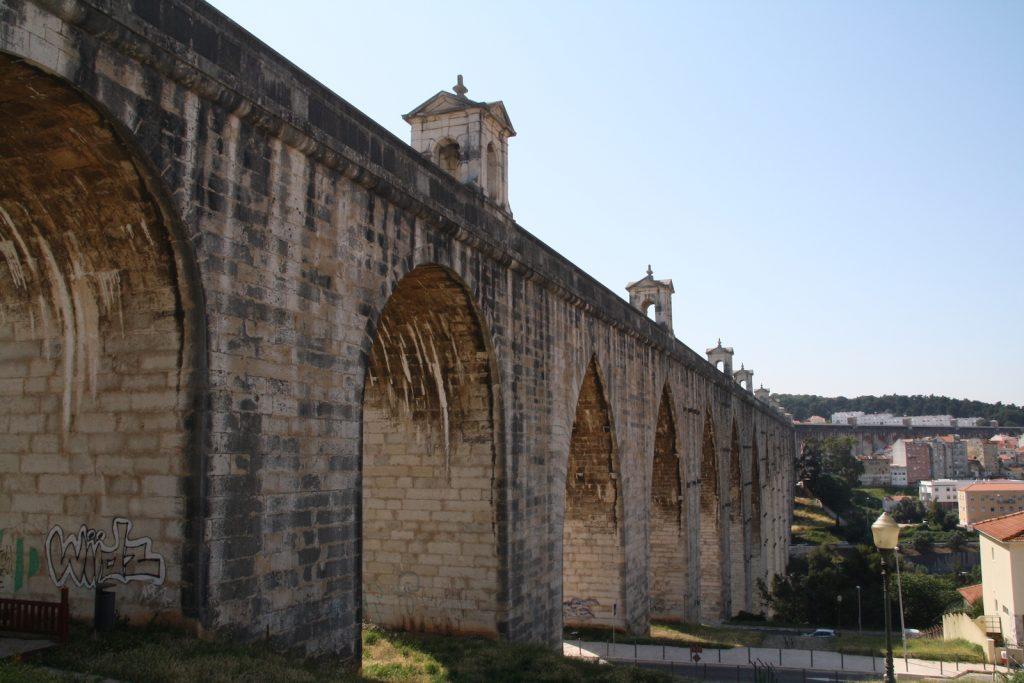 Aqueduto das Águas Livres - vooraanzicht