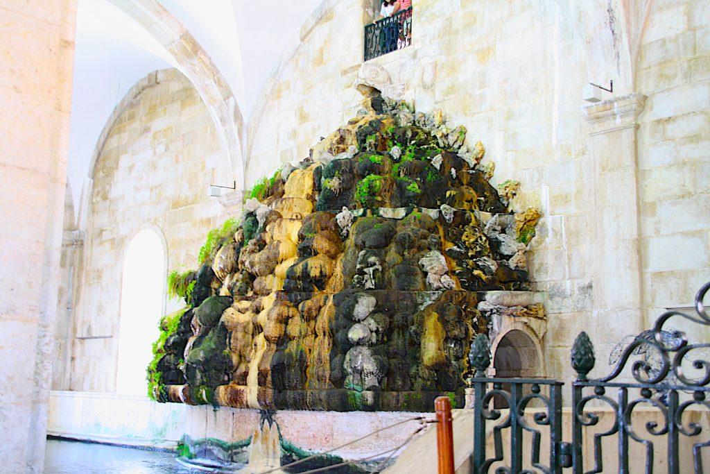 Mãe d'Água - fontein