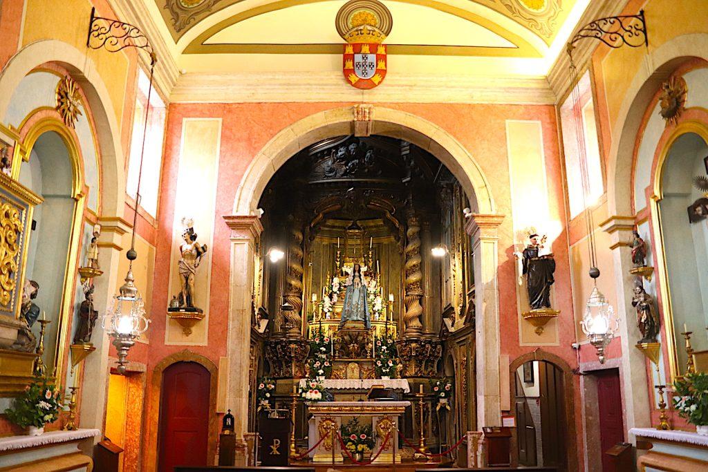 Igreja de Nossa Senhora da Saúde - altaar
